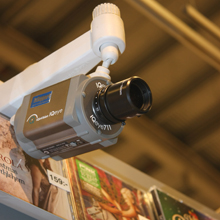 IQeye and Milestone surveillance solutions improve management at Swedish supermarket