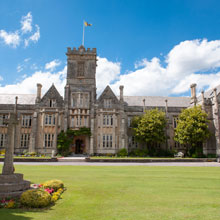 Combined with SALTO access control product, Guardian Security South West has provided a comprehensive service to Queen's College