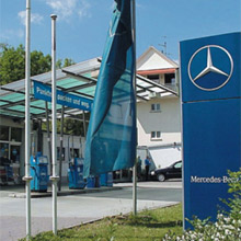 Heinrich Krawietz opted to install MOBOTIX network cameras to secure his business premises