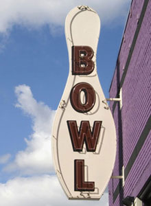 Zodo's — Bowling & Beyond deployed Snap Server 620