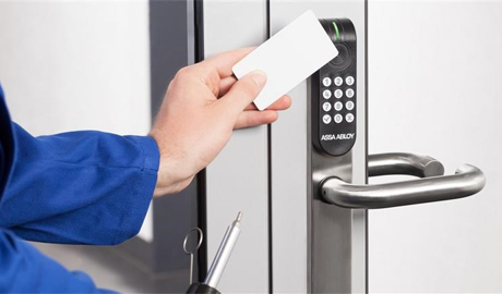 Installing access control in stainless steel walls and doors is not only difficult but also aesthetically unappealing