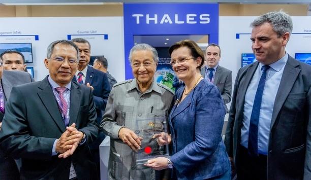Sapura Thales Electronics launches TRC 5200 second generation of STE's military VHF radio