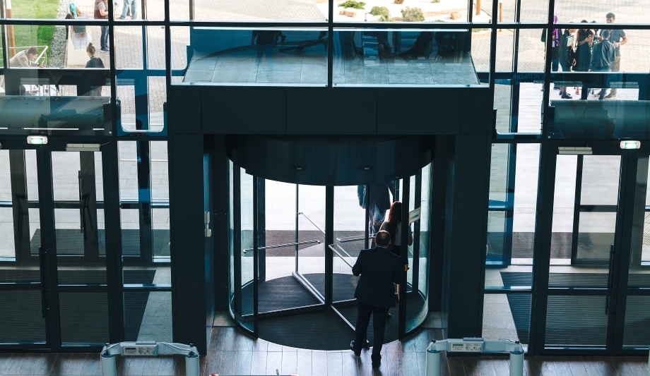 How access controlled revolving doors can protect businesses from crime & Boom Edam | Revolving doors for business and campus security ...
