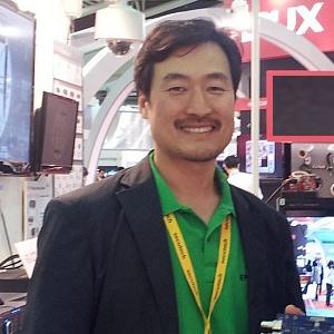 Jon Hwang