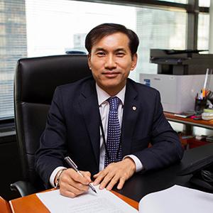 Lee Man-Seob