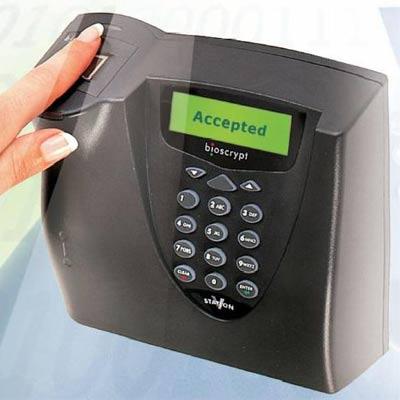 Bioscrypt V-Station fingerprint reader