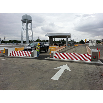 Delta Scientific DSC1400 parking lot barricade