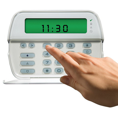 DSC RFK5501 PowerSeries 64-Zone LCD full-message keypad with built-In wireless receiver, 32 zones