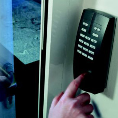 Innovative security solutions for private homes and complex commercial buildings by Honeywell Security