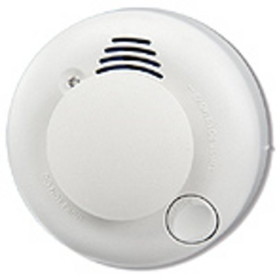 RISCO Group Wireless Smoke Detector/400m is a ceiling mount photoelectric smoke detector for adding fire warning capability to intruder alarm or access control systems